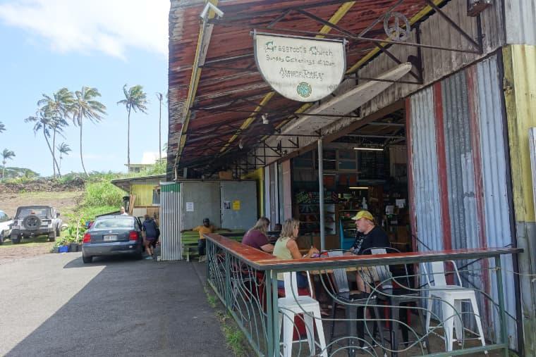 ティンシャークベーカリーの外席 tin shack bakery