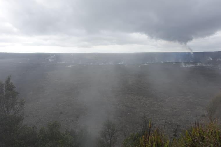 ハワイ島のボルケーノ